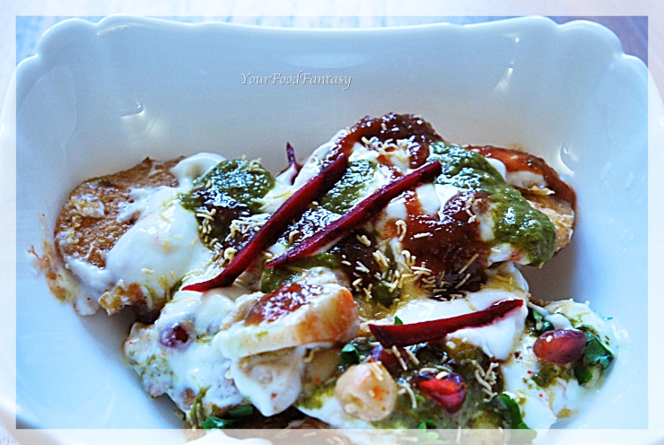 Papdi chaat recipe at yourfoodfantasy.com by meenu gupta