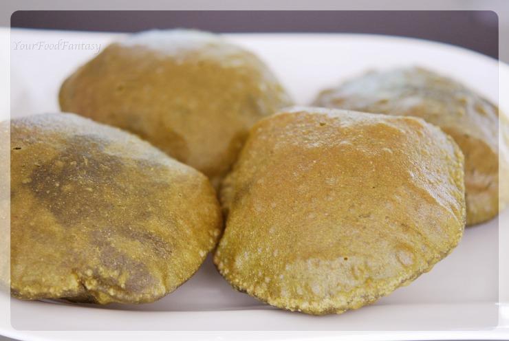 Recipe of Palak Poori | YourFoodFantasy.com by Meenu Gupta